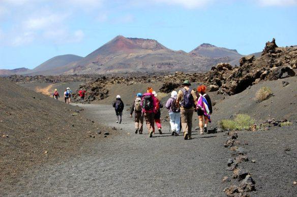 turismo sostenible en Lanzarote, rutas volcánicas senderismo