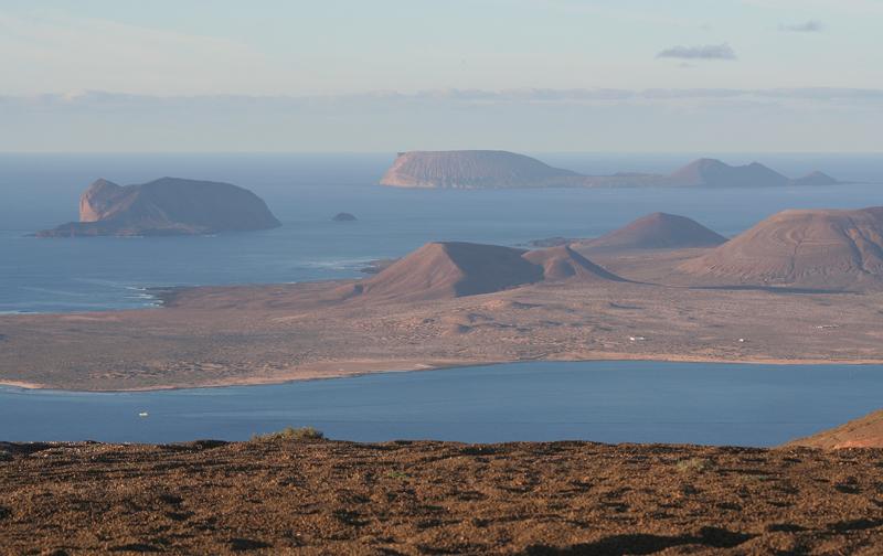 7 geositios que no debes perderte en lanzarote sinergia for Radiadores 7 islas